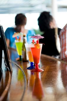 best vacation for singles - bar