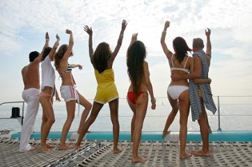 best vacation for singles